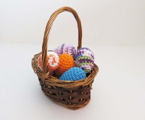 Squeaker Easter egg toy