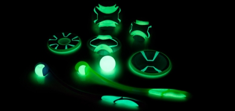 Chuck-It's New Glow in the Dark Products | Modern Dog magazine