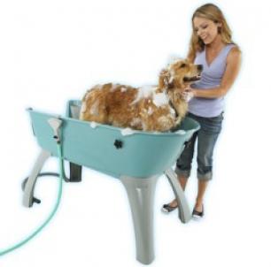 Elevated Dog Bathtub From Booster Bath Modern Dog Magazine