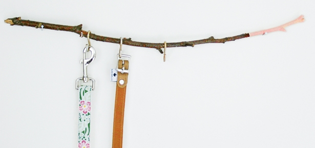 DIY Craft: Twig Leash Holder
